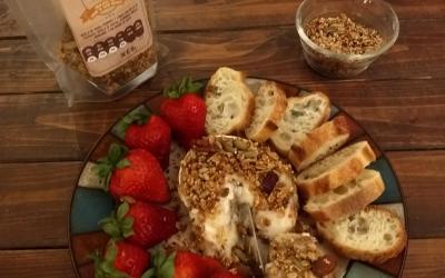 Queso Brie Horneado con Corteza de Granola Gallina Crestazul ®